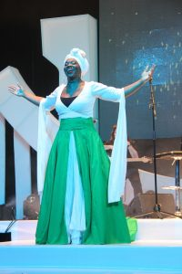 India-Arie-in-the-colors-of-the-Nigerian-Flag