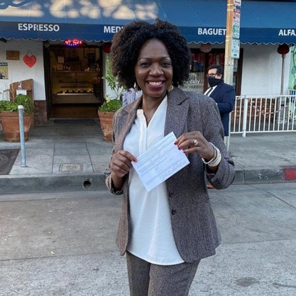 Mum of four Evelyn Uba becomes a lawyer after nine years