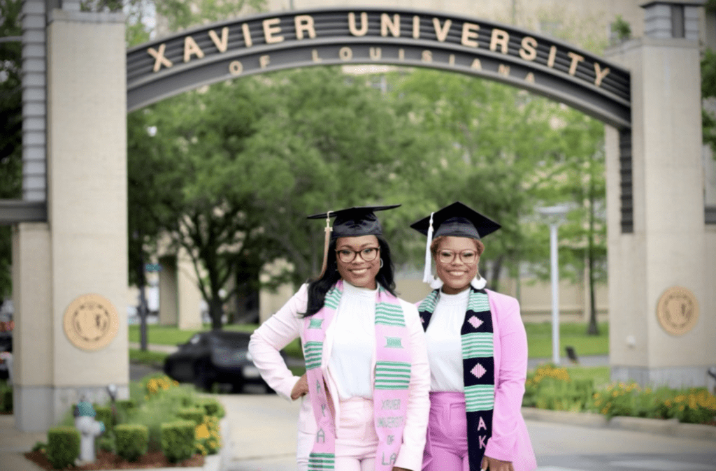 Twin sisters make history graduating from college at 20