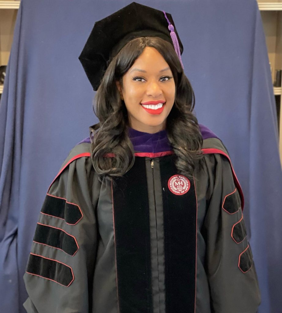 Inspiring! 41 Year Old Amber Goodwin Fulfils Life-long Dream; Bags Law Degree After Being Rejected 20 Years Earlier