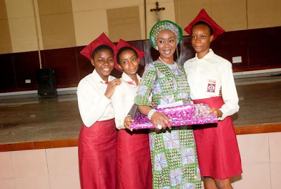 """Toyin Saraki visits her childhood school """"You can achieve whatever you set your sights on"""" she stated while admonishing the students."""