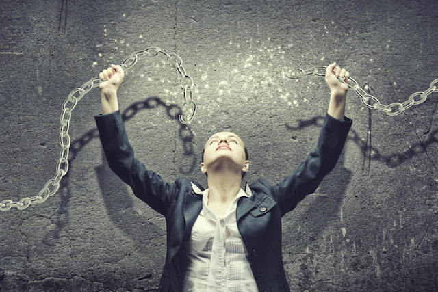 How To Free Yourself From The Enemy of Fear