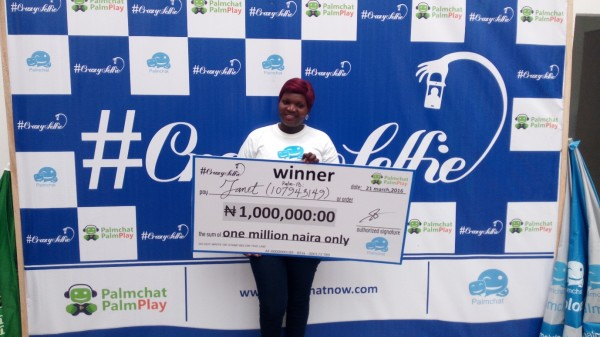 """Meet the Lady Who Won  Million Naira in Palmchat """"Crazy Selfie"""" Competition."""