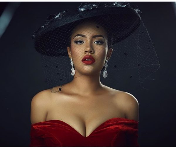 Ex-MBGN Anna Banner Slays in Old Hollywood Outfit