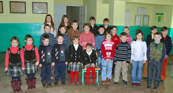 Ukraine's Land of twins: Village Boasts of 61 set of twins.
