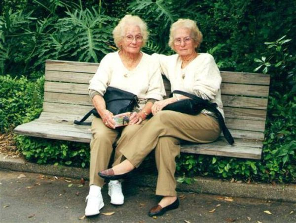 Meet The 100-Year-Old Identical Twins Who Have Never been Seperated