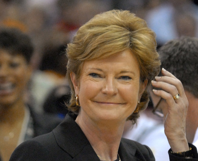 Pat Summitt, Legendary College Basketball Coach, Dead At 64