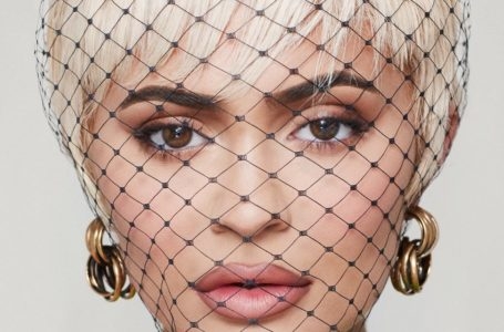 """It's genuinely what I wanted… to be a young mom"" – Kylie Jenner covers Paper Magazine's New Digital Issue"